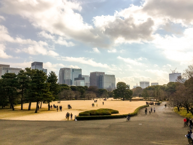 江戸城天守閣があった「天守台」からの眺め。気持ちよかったな〜〜