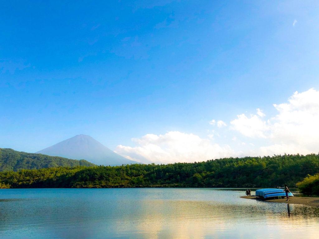富士五湖・西湖と富士山の絶景