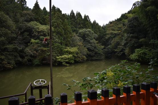 熊鷹社と谺ヶ池