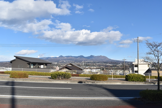 埼玉→草津温泉の車窓_山の風景
