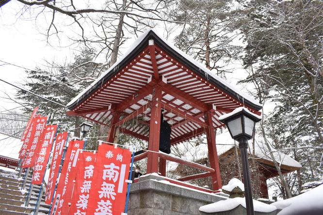 雪の草津温泉_光泉寺の除夜の鐘