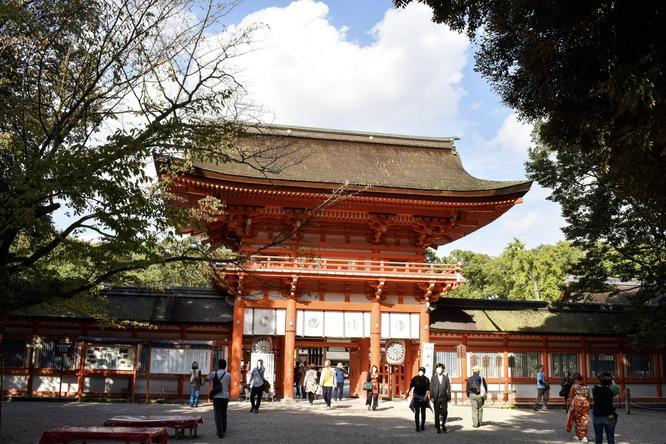 下鴨神社・楼門と糺の森