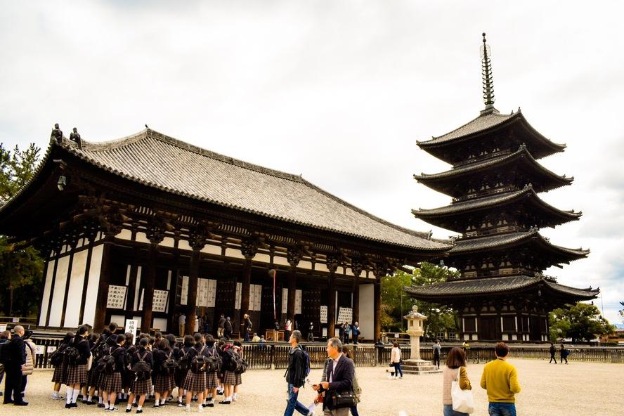 興福寺の見どころ_東金堂と五重塔