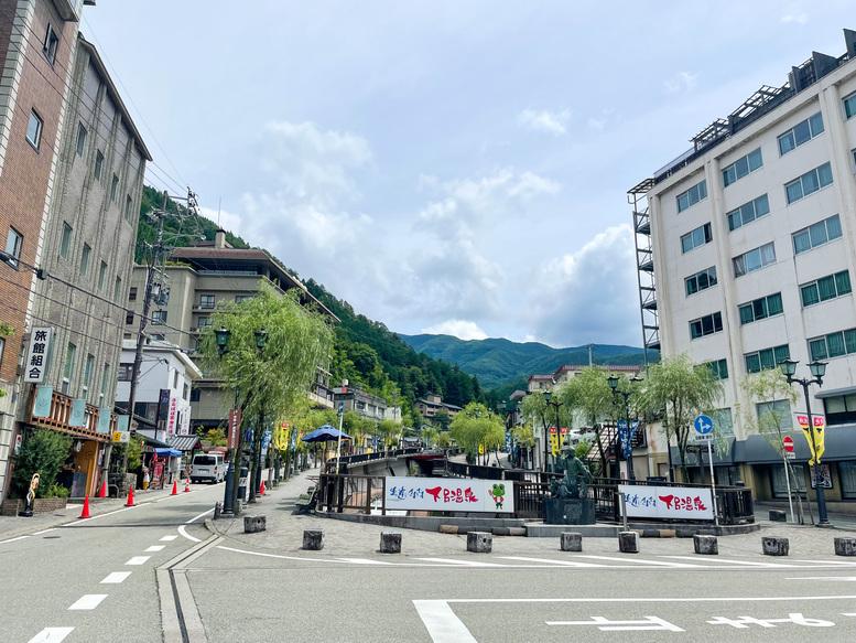 下呂温泉_快晴の温泉街