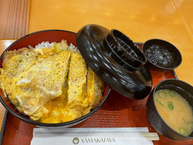 鹿児島_黒豚カツ丼