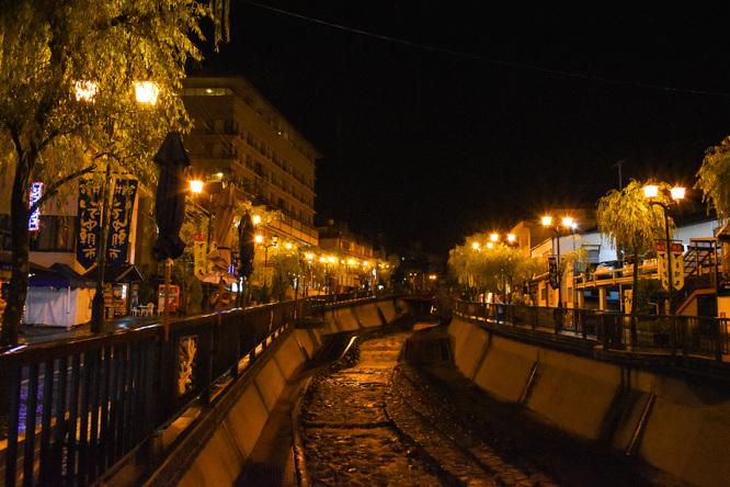 下呂温泉_夜の温泉街