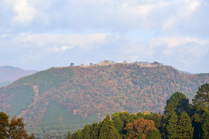 立雲峡から竹田城跡へ_見上げる天空の城ラピュタと紅葉