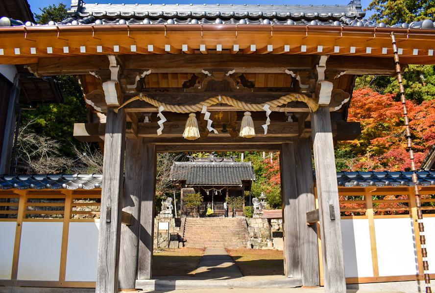 竹田城跡の見どころ_表米神社の参門